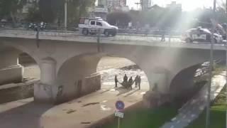 Hombre amenazó con arrojarse del puente Alvear