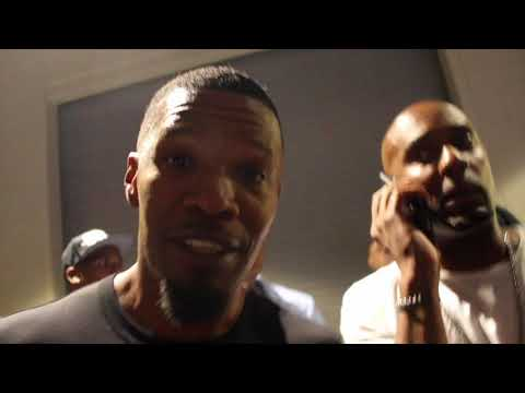 Download Youtube: JAMIE FOXX MOCKS CONOR McGREGOR!! DOES IMPRESSION - REACTS TO FLOYD MAYWEATHER'S 10th TKO WIN