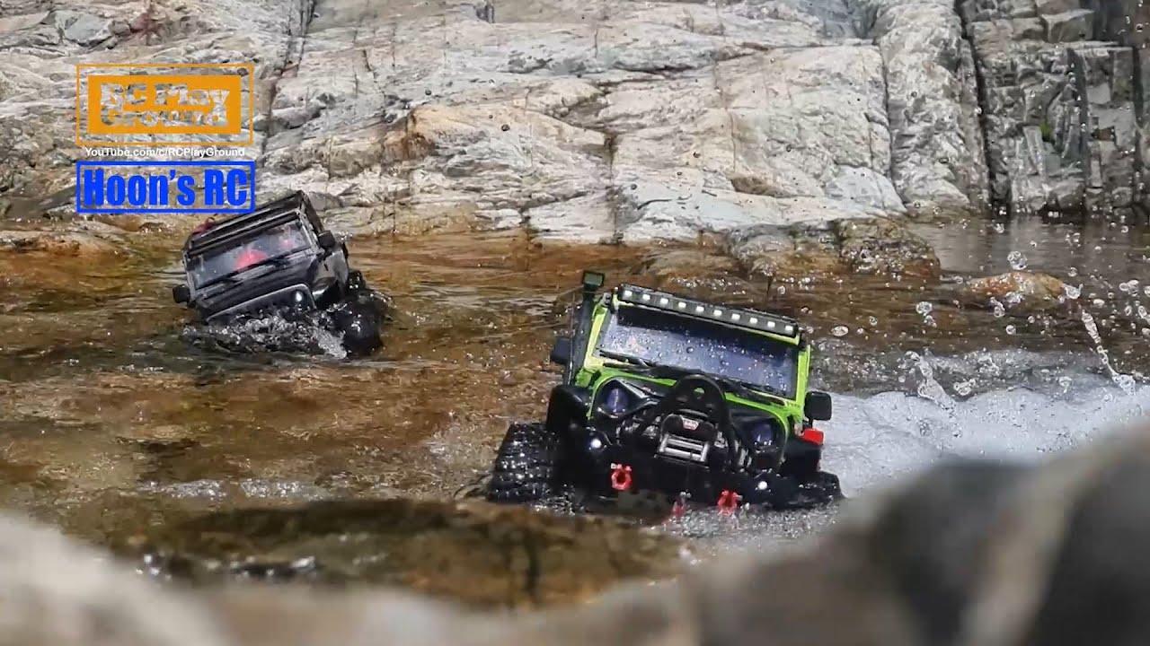 Axial SCX10 II & FreeMan Jeep Wrangler Rubicon Creek Trail