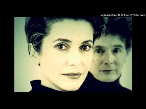 Malcolm McLaren ft. Catherine Deneuve - Paris Paris