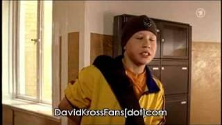 """Davids First Kiss in """"Hilfe, ich bin ein Junge"""" / """"Verzauberte Emma"""""""