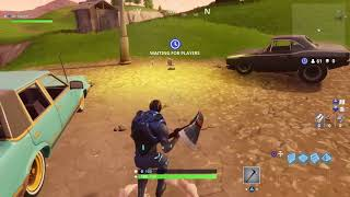 Bugs bunny and Daffy Duck play fortnite
