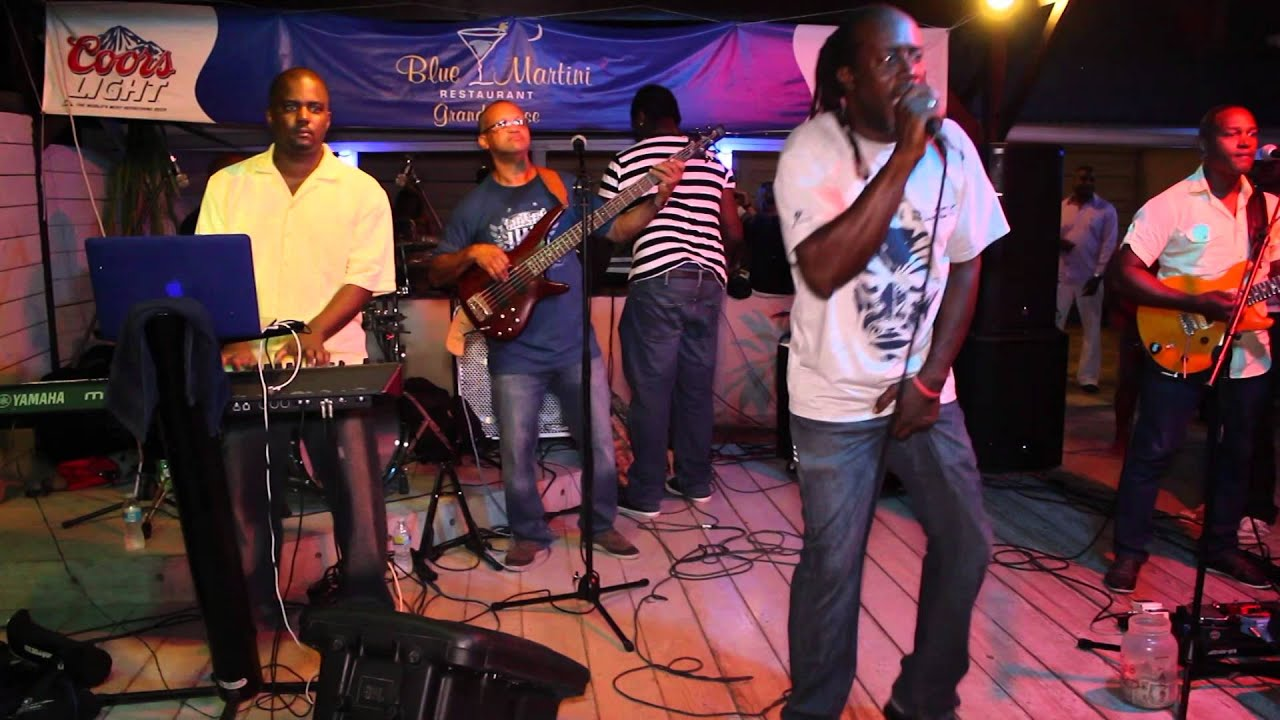 Remo & Barbwire Band @ Blue Martini St. Martin - YouTube