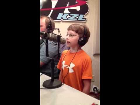 12 YearOld Singing Sensation Henry Johnson on 1075 KZL