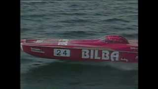 Offshore Powerboat Racing - Dubai - Spectacular Crash