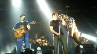 El canto del loco & Estopa - La Farga 25/04/09