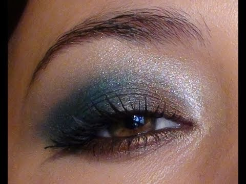 maquillage yeux marrons turquoise
