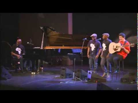 Ray Lema- Nzimbu -  Solidarité centrafrique Théâtre de la Ville - paris Mars 2014