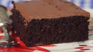 Chocolate Banana Cake Recipe Demonstration - Joyofbaking.com