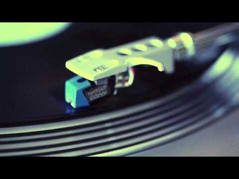 Roland Clark - Resist (Quentin Harris mix)