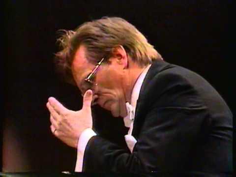 "Tchaikovsky: Symphony No. 6, Op. 74, ""Pathetique"" - mov. IV, Conductor: Vladimir Fedoseyev"