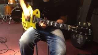 YouTube初投稿です。ギターソロのみですが、コメントよろしくお願いしま...