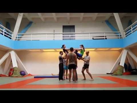 Acrobalance. Carousel