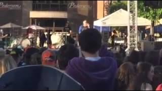Smash mouth singer goes insane at Taste of Foco