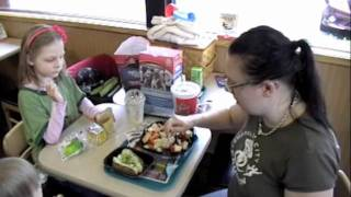 Wendy's Berry Almond Chicken Salad Review.m4v