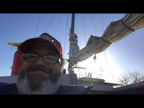 Sailing the world on a $2,000 sailboat Day 9