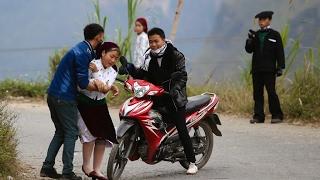 Clip Cảnh bắt người về làm vợ giữa đường vắng ở Hà Giang