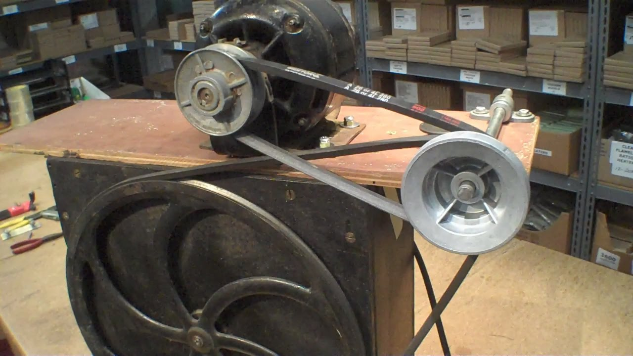 reversing direction of old ge motor vacuum pump record cutting lathe youtube [ 1280 x 720 Pixel ]