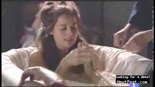 Elisa Mouliaa Feet scene - Aguila Roja