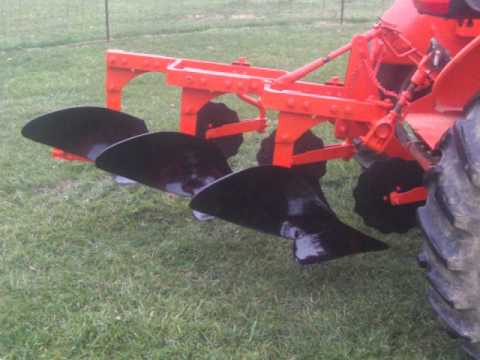 3 bottom plow