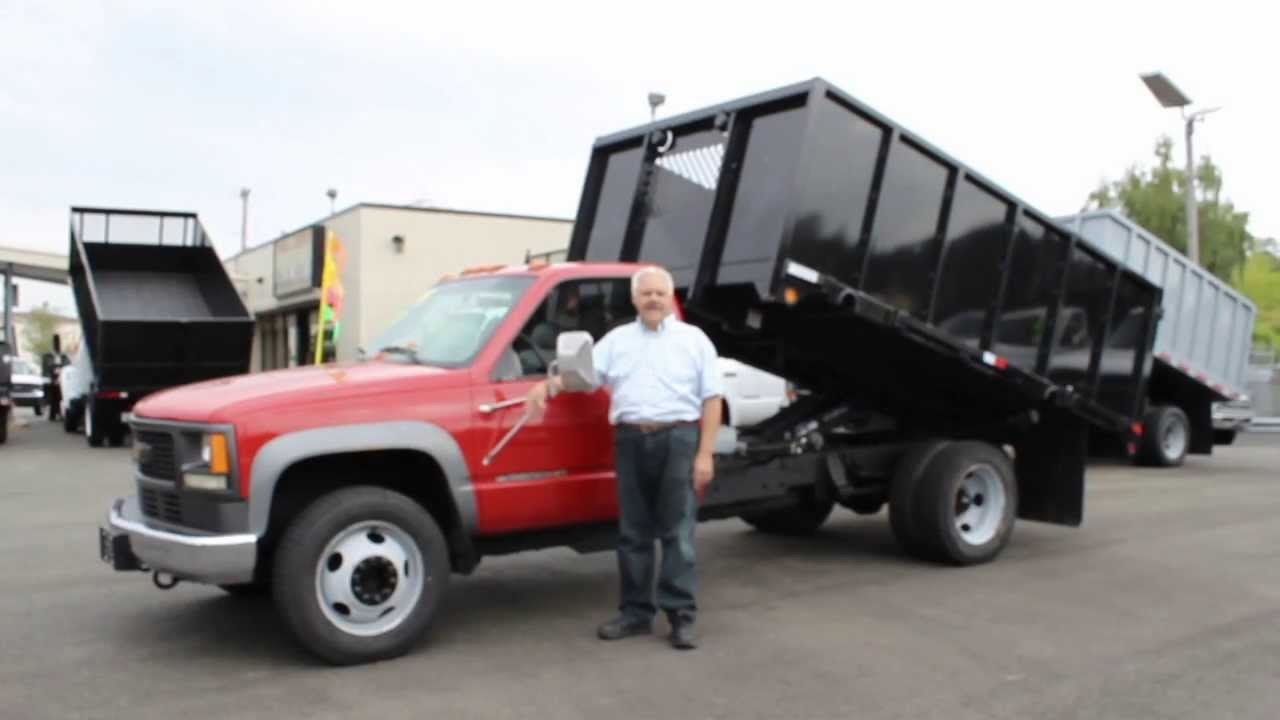 Town and Country Truck #5684: 1999 Chevrolet HD3500 One Ton 12 Ft ...