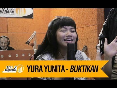 Yura Yunita -