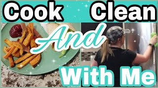 COOK AND CLEAN WITH ME //NIGHTTIME CLEANING- COLLAB WITH SARA HAAS// FALL 2018