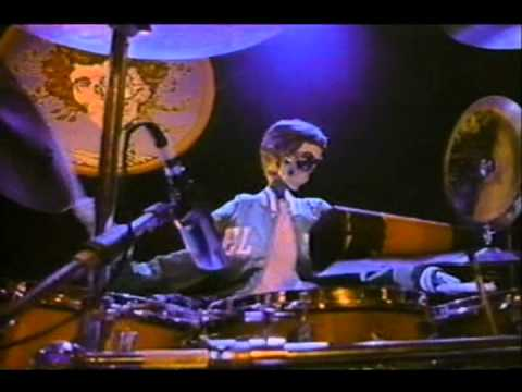 Grateful Dead - Touch Of Grey (Music Video)