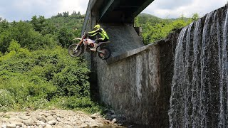 ENDURO RIDING ON LIMITS