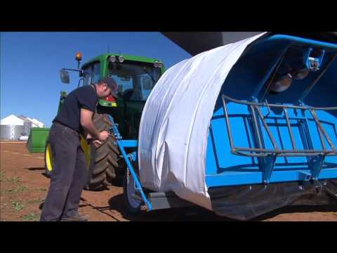 Grain Storage Systems Australia Attaching and Filling Bag