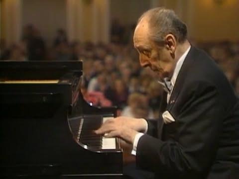 Horowitz plays Schubert: Impromptu in B-flat Major, Op.142/3