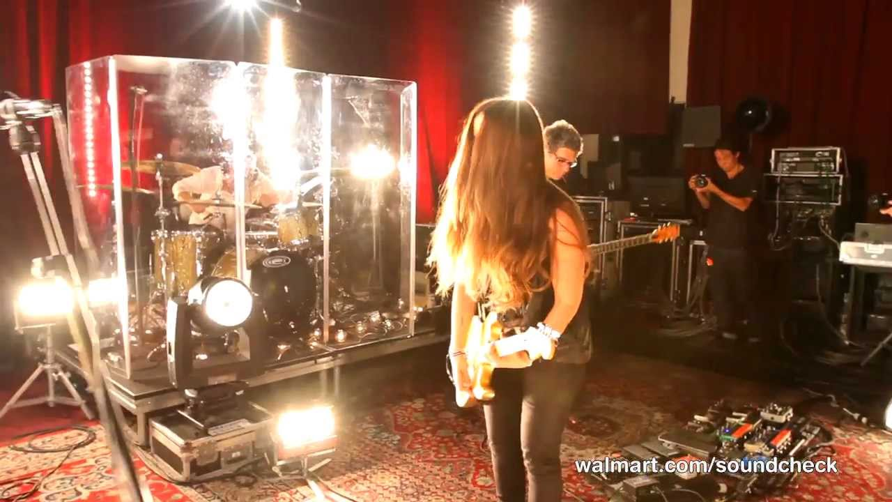Alanis Morissette - Havoc And Bright Lights Lyrics and ...
