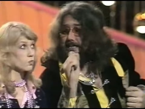 Mouth & MacNeal - I See A Star (Live Eurovision 1974)