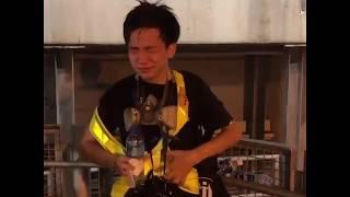 香港记者被喷胡椒水后