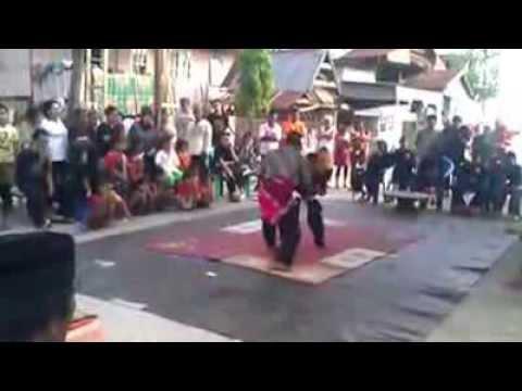 Pertunjukan Pamaccaq Cilik Mandar Di Kabupaten Majene Sulawesi Barat