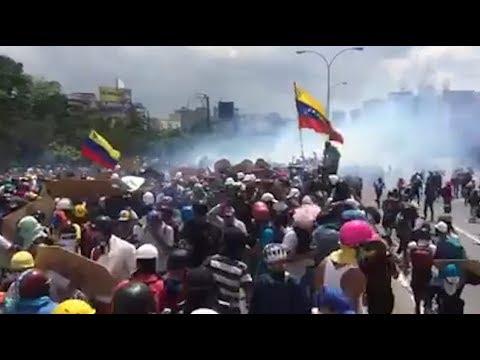 represion en venezuela, las crudas imagenes de una lucha sin fin
