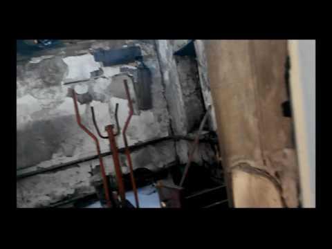 сгоревший дом от прилтов града. Марьинка дом по ул Чапаева