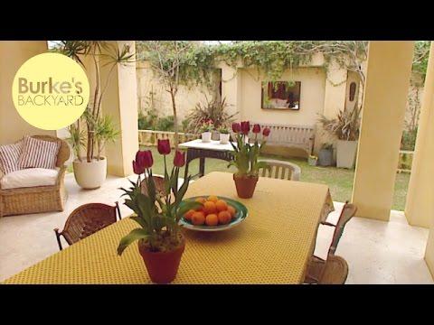 Burke's Backyard, Outdoor Living Area