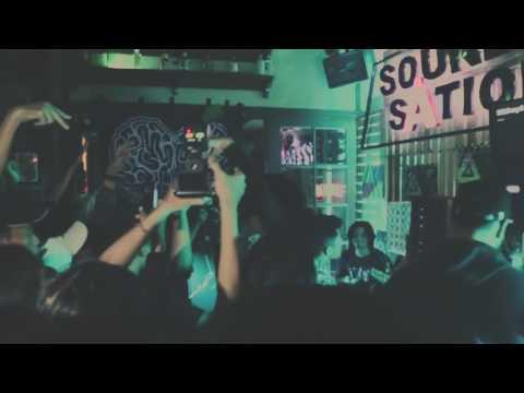 Sunrise Live At Camden Bar (intro + sad song) Mp3