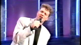 Watch Michael Ball Call On Me video