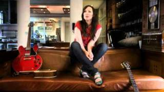 Watch Thea Gilmore Inverigo video
