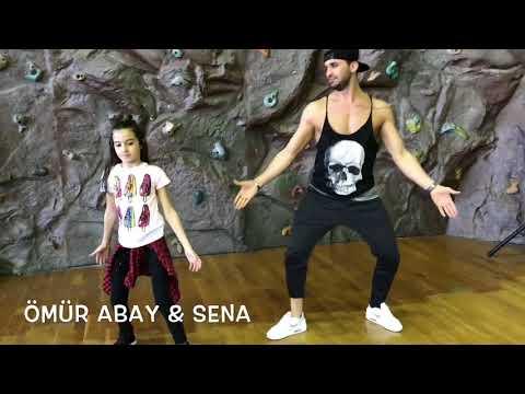 Luis Fonsi , Demi  Lovato  Échame La Culpa  Zumba Fitness Omur Abay & Sena Yılmaz  Zumba Fitness