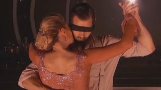 'DWTS': Nyle DiMarco Leaves Audience Breathless After Dancing Blindfolded With Peta Murgatroyd