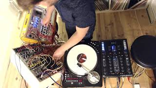 KypskiLeaks #26: Explorations in Syntablism (scratching with a modular synth)