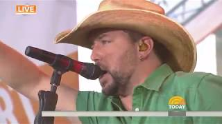 Watch Jason Aldean perform 'Dirt Road Anthem' live