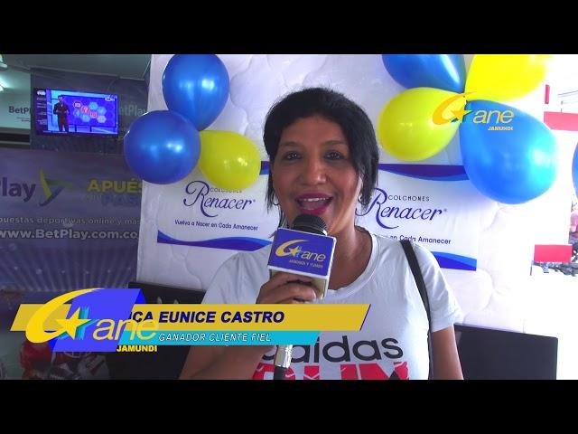 BLANCA CASTRO GANADORA 500 MIL POR CLIENTE FIEL