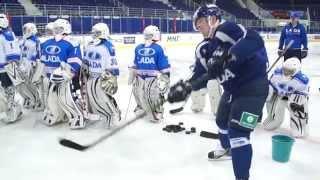 """Команда """"Лада"""" провела мастер-класс для вратарей детской хоккейной школы"""