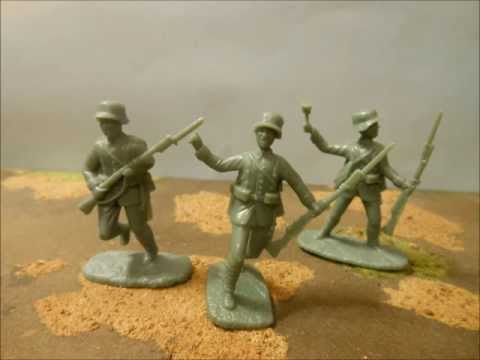 Plastic toy soldier review #23 - Armies in Plastic British and German infantry