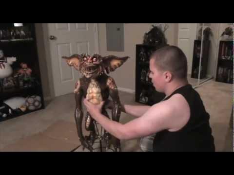 Turmoil In The Toybox - NECA Gremlins Brown Stunt Puppet Prop Replica