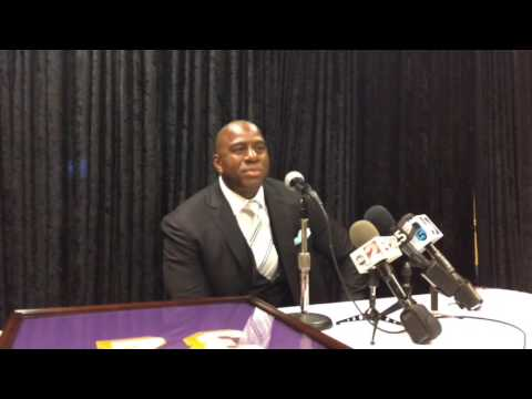 Magic Johnson praises Terry Furlow, legacy of Flint basketball